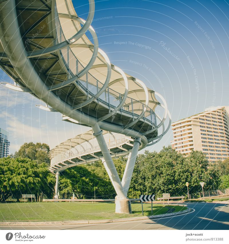 overhead crossing Sightseeing Warmth tree Exotic Queensland Town bridge Architecture Pedestrian crossing Column Lanes & trails Traffic circle Road sign Modern