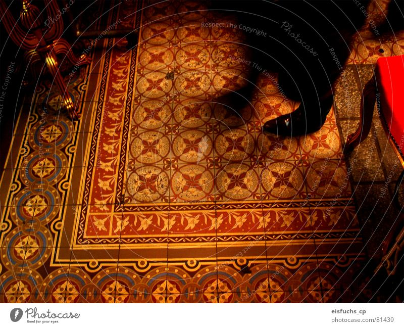 Old Red Feet Moody Room Orange Romance Floor covering Leisure and hobbies Living or residing Things Tile Square Living room Bookshop Ancient