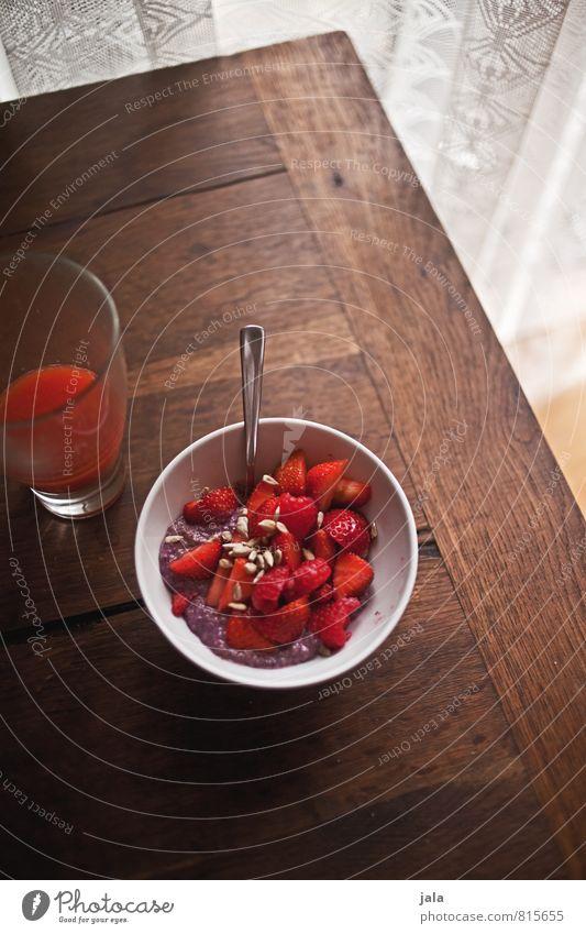 müsli Food Fruit Grain Strawberry Cereal Nutrition Breakfast Organic produce Vegetarian diet Beverage Cold drink Juice Bowl Glass Spoon Healthy Eating Fresh