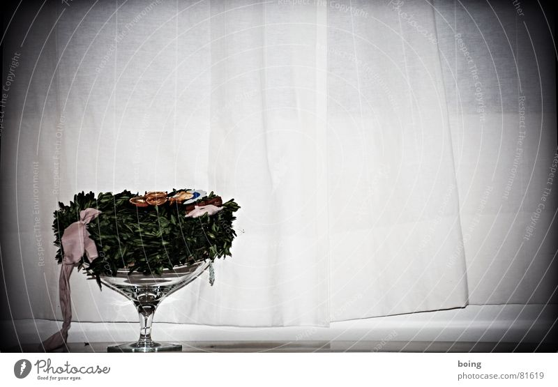 Christmas & Advent Grief Distress Grain Concern Bowl Blow Loop Birth Wreath Labor pain Back draft Funeral service Goblet