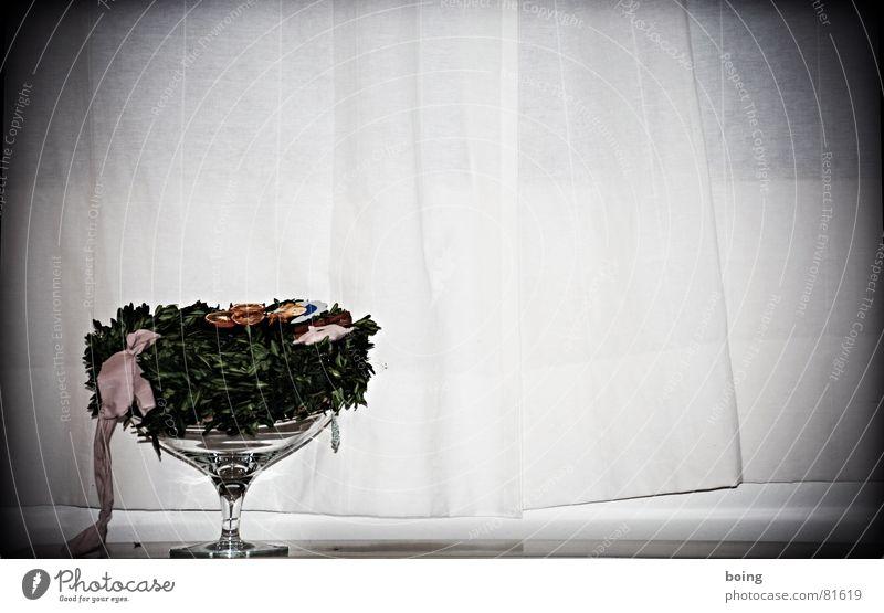 move your mama Dried fruits Wreath Grain Bowl Grief Back draft Blow Labor pain Goblet Flower arrangement Funeral service Tragedy Concern Loop Fruit bowl