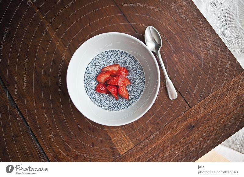 chia pudding Food Fruit Dessert Strawberry Nutrition Breakfast Organic produce Vegetarian diet Bowl Spoon Healthy Eating Fresh Delicious Natural Wooden table