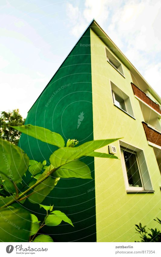 House with funny color House (Residential Structure) Apartment Building Corner Niche Residential area Town Suburb Facade Window Private Front side Glazed facade
