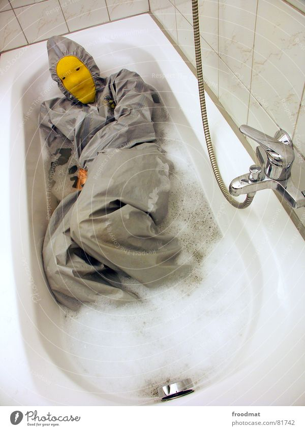 grau™ - in the bathtub Bathroom Gray Yellow Gray-yellow Suit Red Rubber Art Stupid Futile Hazard-free Crazy Funny Joy Bathtub Foam Arts and crafts  Abstract