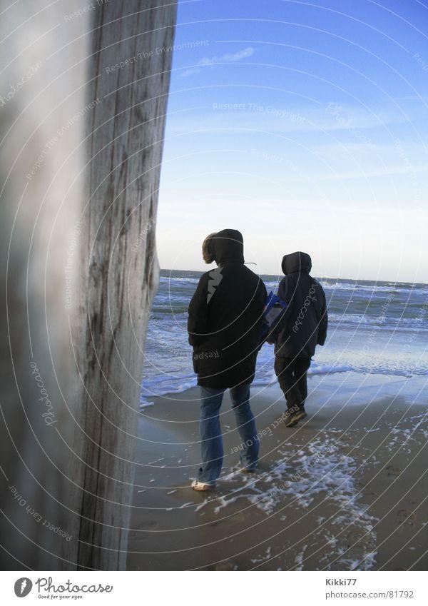 Human being Man Sky Ocean Blue Beach Wood Sand Waves Coast Jacket Hooded (clothing) Foam