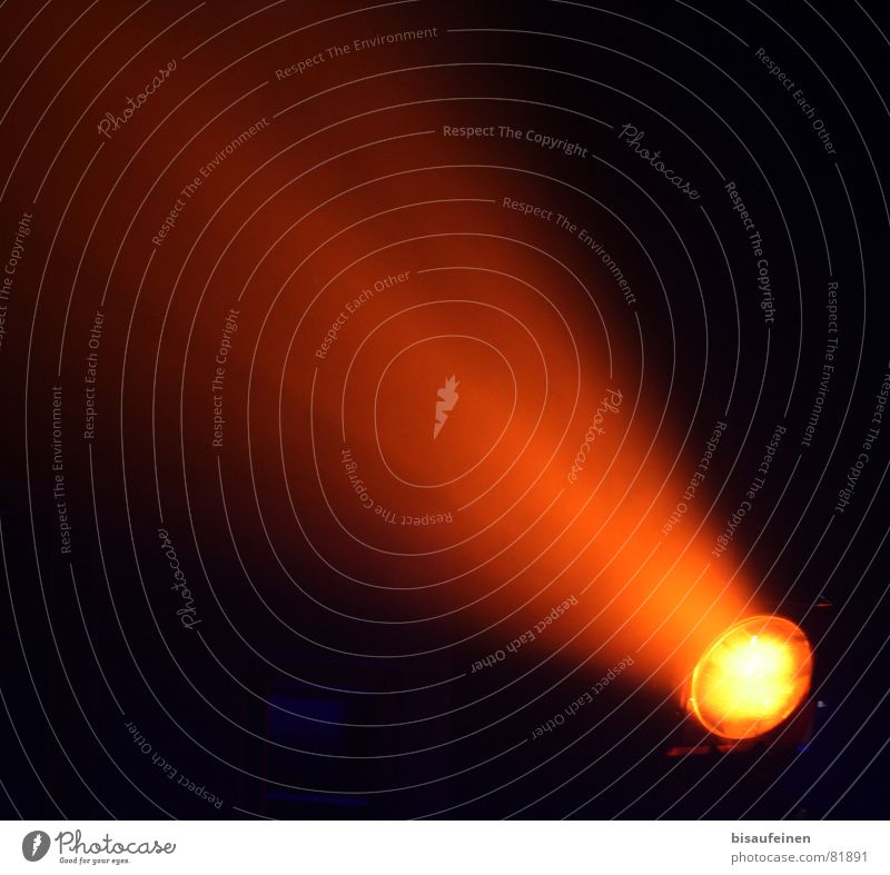 Lighting Lamp Orange Obscure Floodlight Beam of light UFO Comet Trajectory