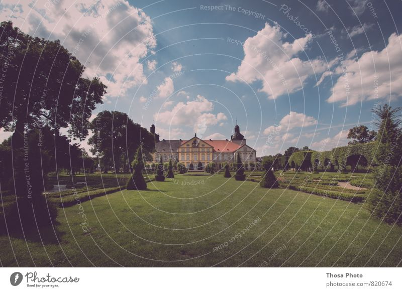 Hundisburg Castle Palace Wall (barrier) Wall (building) Stairs Terrace Culture Art Saxony-Anhalt Garden Tree Fountain Clouds in the sky Ocean Symmetry