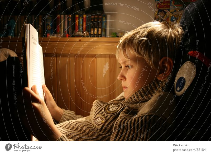Child Eyes Lamp Boy (child) School Media Book Germany Academic studies Study Electricity Reading Leisure and hobbies Toys Concentrate Print media