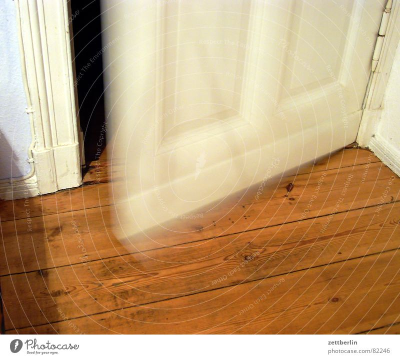 Above Wood Door Flat (apartment) Closed Grief Agency Kitchen Interior design Gate Entrance Distress Hallway Way out Passage Joint residence