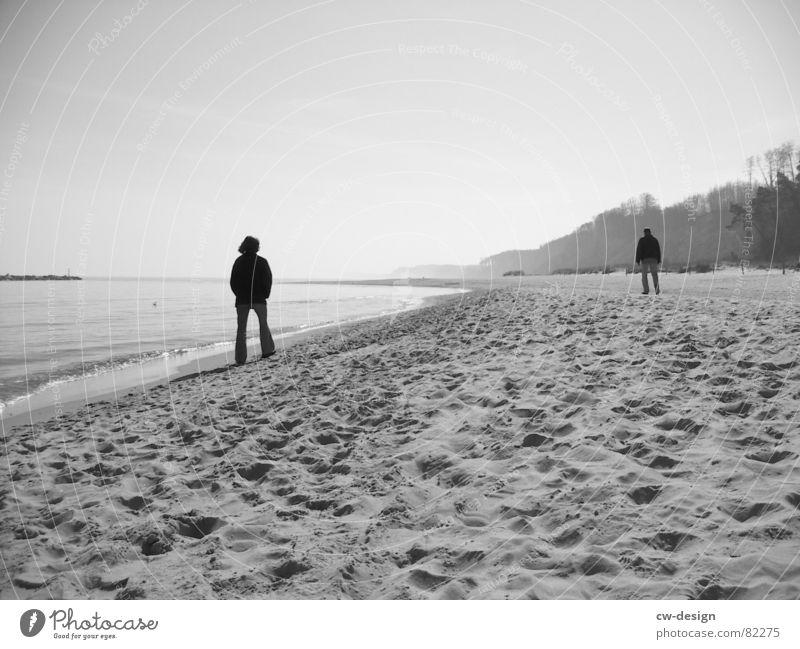Human being Woman Sky Man Water Summer Sun Ocean Beach Black Far-off places Coast Sand Horizon Air Masculine