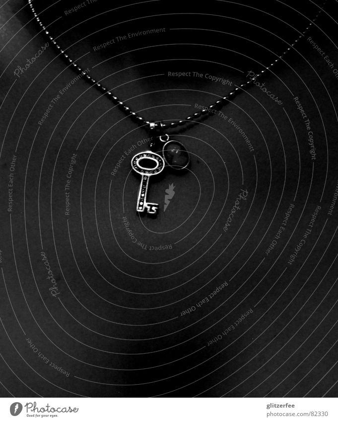 keychild Key Jewellery Necklace Woman Collarbone Glittering Fairy Black & white photo Luxury décolleté Silver Detail Followers Chest