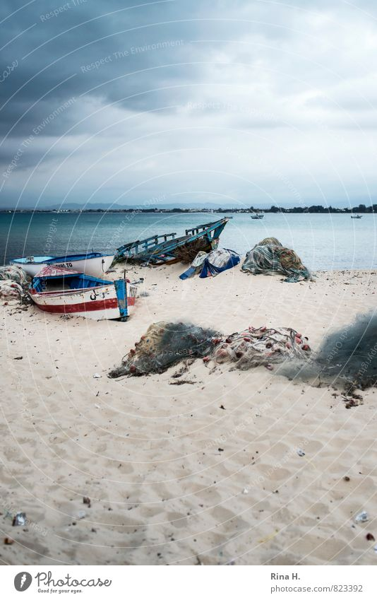 aground Nature Sky Clouds Storm clouds Horizon Spring Climate Bad weather Wind Beach Ocean Hammamet Threat Dark Apocalyptic sentiment Derelict Stranded