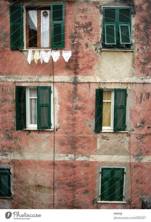 Italian granny :) Italy Window Shutter Underpants Clothesline Brick Wall (barrier) Wall (building) Drape Green Red Still Life House (Residential Structure) Calm