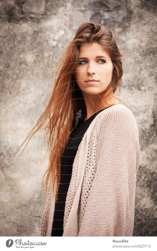 You give me something. Beautiful Human being Young woman Youth (Young adults) Woman Adults Life 1 18 - 30 years Fashion Clothing Jacket Hair and hairstyles