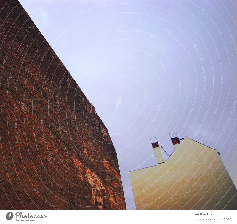 Sky Loneliness Facade Grief Gloomy Derelict Distress Chimney Remote Fire wall Rear side Emotionally cold Social state