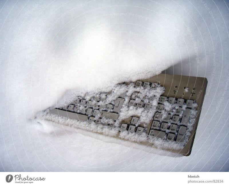 Winter Snow Technology Computer Broken Trash Keyboard Snowscape Snowboard Covered Information Technology Scrap metal Snowstorm Electrical equipment