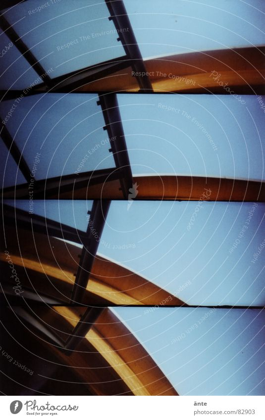 no. 50 Wooden rack Waves Lomography Manmade structures Roof fractions Canton Bern supersampler Wooden structure Glass Train station Sky Beautiful weather