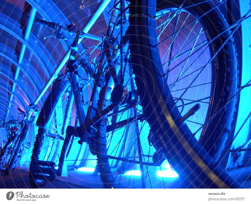 bluebikes Neon light Tunnel Bicycle Round Silhouette Light Night Electrical equipment Technology Blue Iron-pipe Detail Profile Glass Light (Natural Phenomenon)