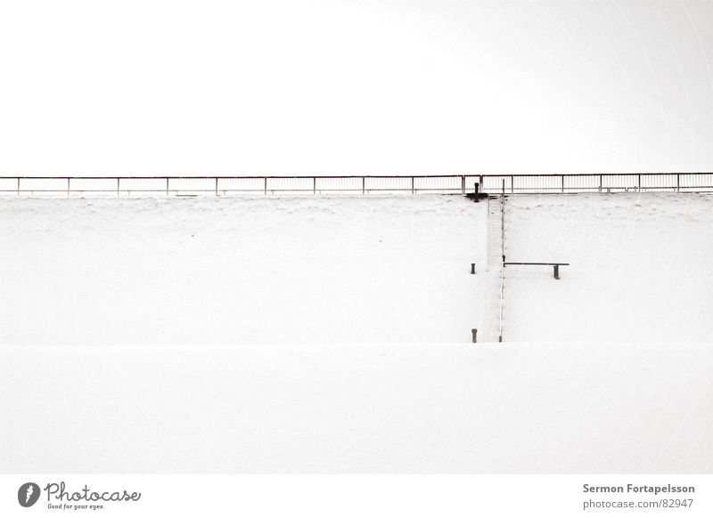 Sky Winter Calm Loneliness Cold Snow Wall (building) Above Wall (barrier) Ice Tall Fresh Gloomy Frost Seasons Handrail