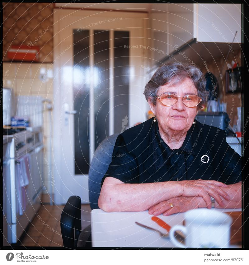 Woman Old Hand Loneliness Senior citizen Sadness Think Human being Sit Table Eyeglasses Grief Kitchen Grandmother Lady 60 years and older