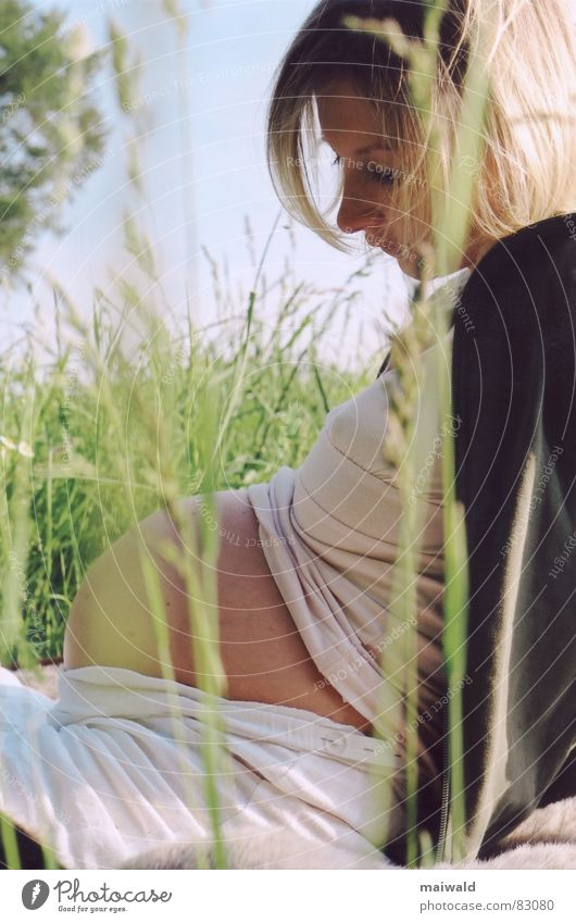 Woman Nature Youth (Young adults) Sky Green Blue Summer Joy Calm Love Relaxation Meadow Feminine Grass Spring Family & Relations
