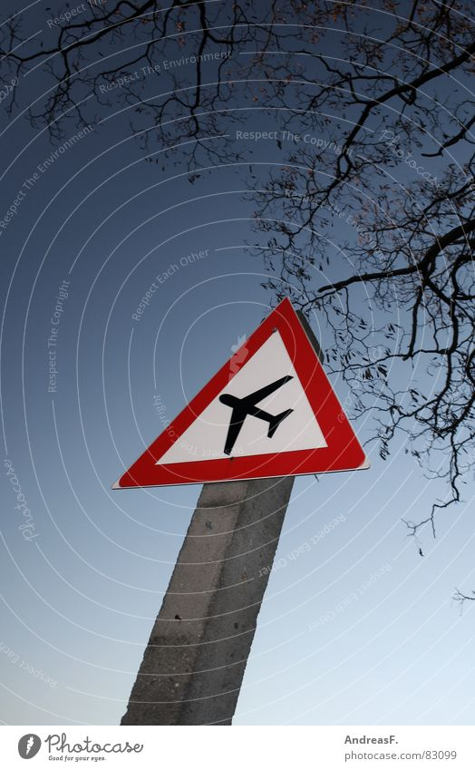 Caution - Boeing crosses Air traffic controller Flying sports Plane ticket Airfield Airplane Pilot Terror Machinery Aviation Yield sign Crossroads Road sign