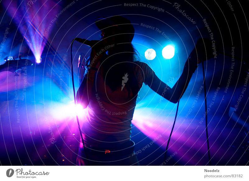 Dark Music Concert String Stage Audience Fan Floodlight Singer Center point