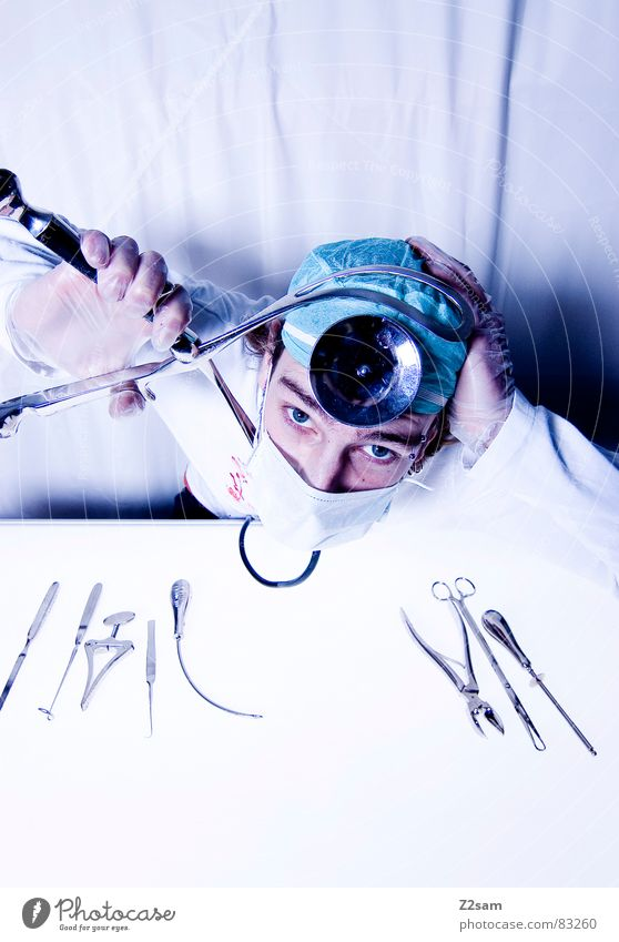 "doctor ""kuddl"" - stapled Pair of pliers Clamp Accident at work Doctor Hospital Surgeon Scalpel Health care Mask Mirror Gloves Operation Cut Tool Harm ocular"