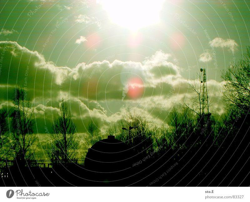 io verda, io negra Green Illuminating Green undertone Bright Flashy Shaft of light Clouds in the sky Lens flare Monochrome Silhouette Luminosity Back-light
