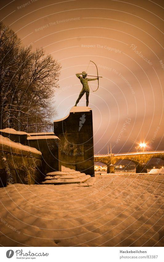 Snow Bridge Culture Dresden Statue Monument Landmark Saxony Arch Shoot Archer