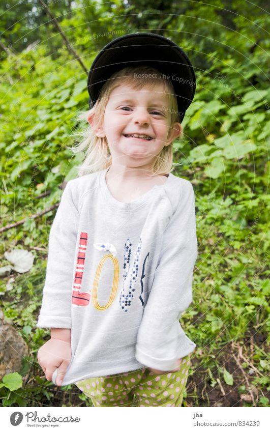 happy Joy Child Human being Feminine Toddler Girl 1 1 - 3 years Sweater Hat Cap Laughter Happy Happiness Joie de vivre (Vitality) Warm-heartedness Infancy