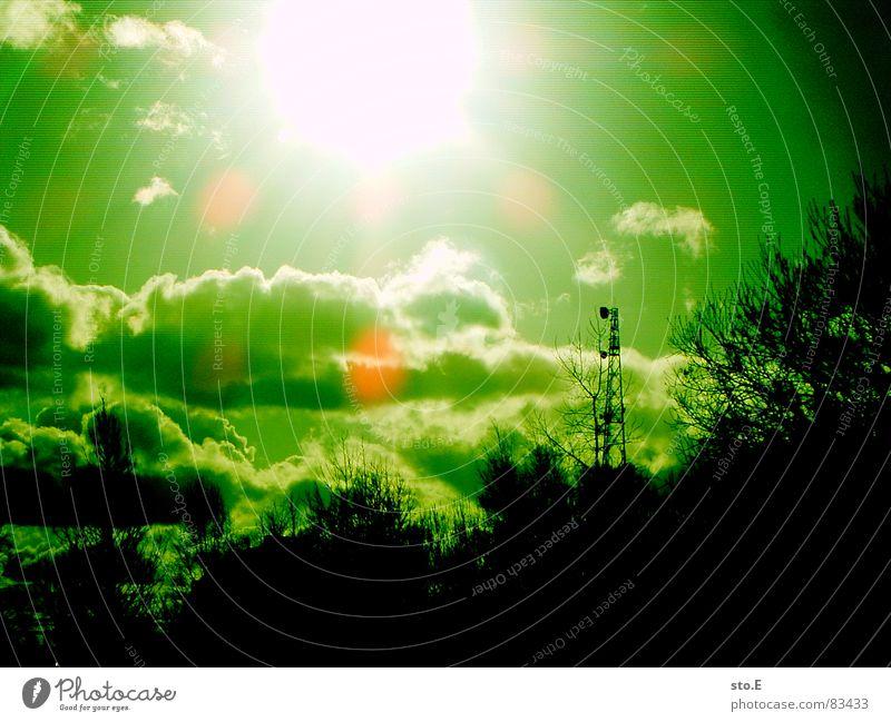 Green Sun Bright Flashy Broadcasting tower Lens flare Monochrome Shaft of light Illuminating Clouds in the sky Luminosity Green undertone