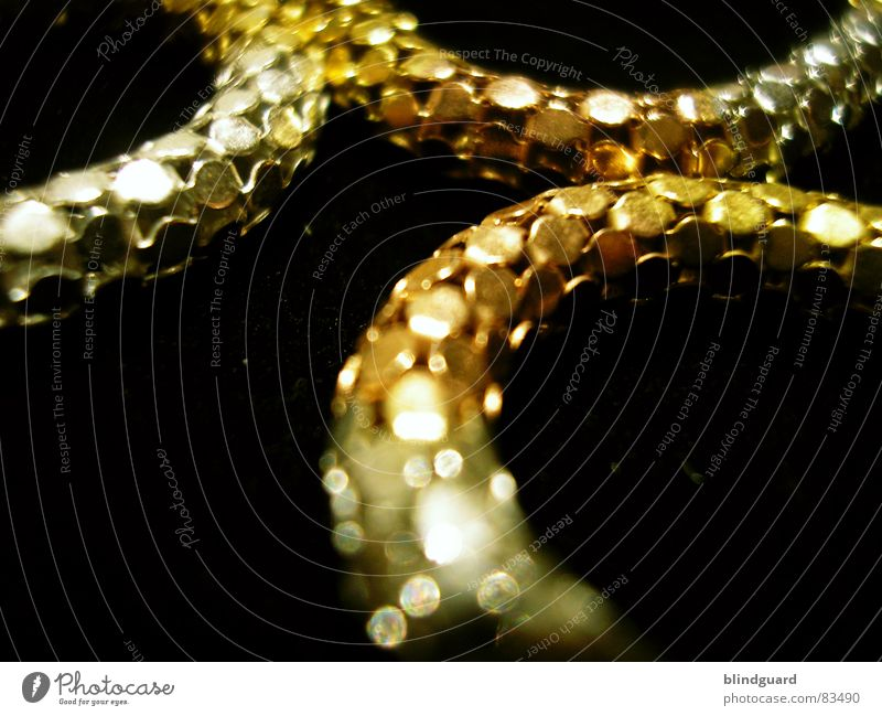 Glittering Gold String Luxury Jewellery Necklace Fine Thief Value Quality Delicate Break-in Precious Arts and crafts  Expensive