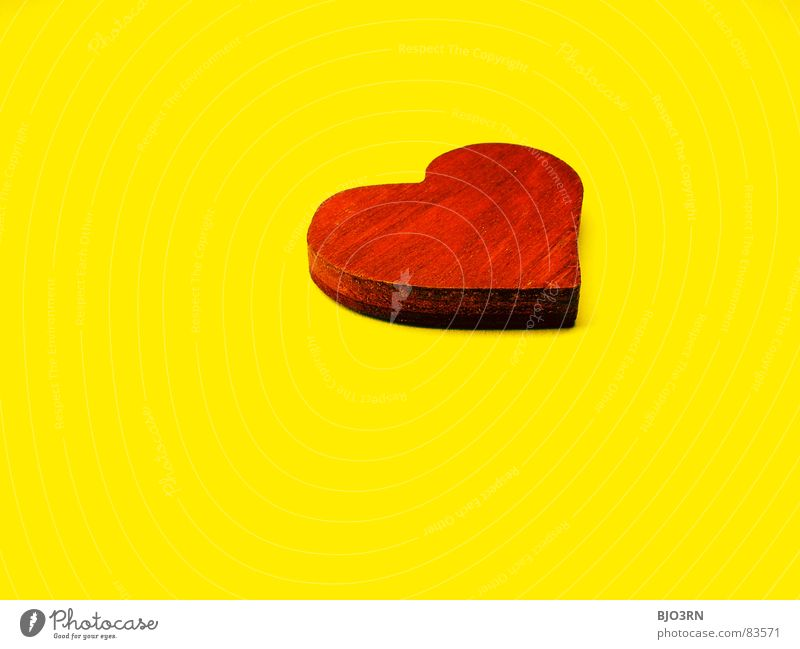 Red Love Yellow Colour Wood Small Heart Kitsch Things Digital photography Valentine's Day Miniature Symbols and metaphors Landscape format Heart-shaped