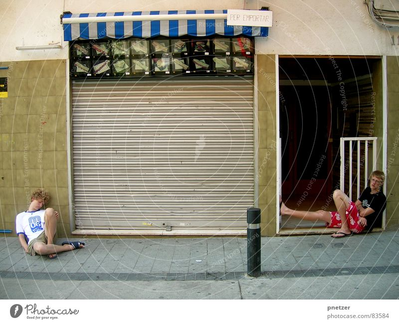 Joy Feasts & Celebrations Broken Club Bread Fatigue Spain Completed Feeble Lifeless Oversleep To tire out Dance hall Drowsy
