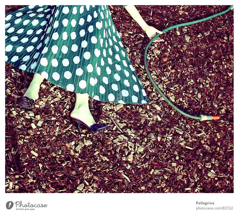Woman Death Footwear Legs Hose Motionless Transform Metamorphosis Abdomen