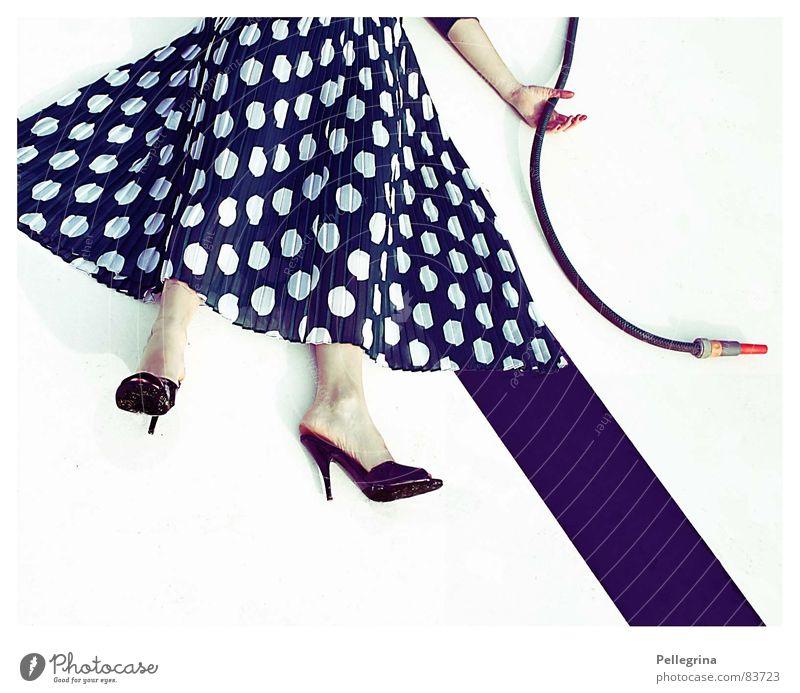 Woman Death Footwear Legs Hose Motionless Metamorphosis Abdomen