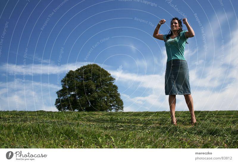 Woman Sky Tree Sun Summer Joy Vacation & Travel Jump Movement Success Happiness Hot Joie de vivre (Vitality) Lust Hop Motive