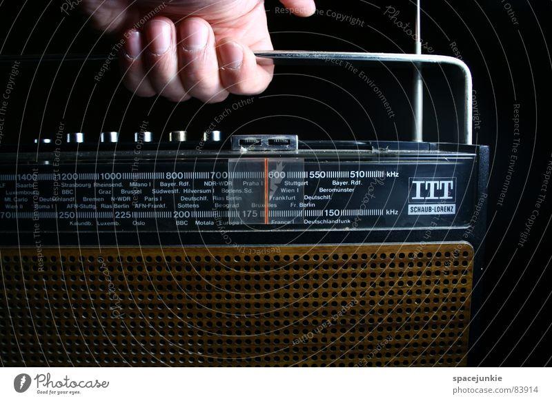 Hand Information Media To hold on Radio (device) Radio (broadcasting) Nostalgia Door handle Antenna Self-made Radio technology Broacaster Broadcasting