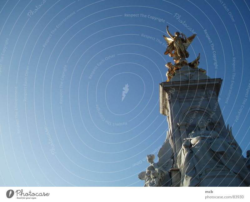 Sky Statue Historic London England King India Monarchy Victoria memorial