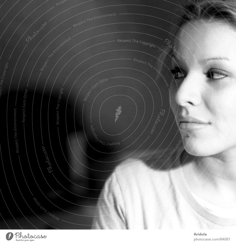 Woman Black Eyes Loneliness Laughter Dream Wait Nose Sit Perspective Vantage point Observe Concentrate Side Opinion Testing & Control