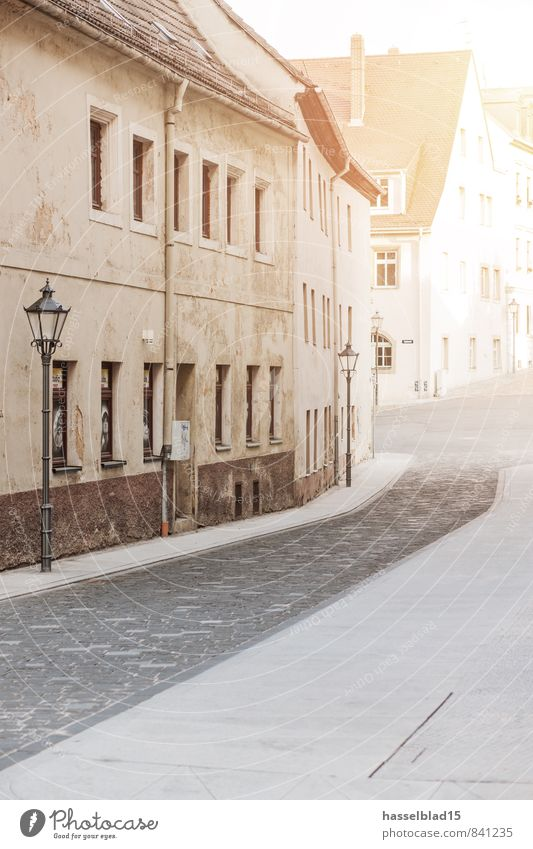 City Old House (Residential Structure) Wall (building) Street Wall (barrier) Lifestyle Facade Contentment Tourism Living or residing Broken Street lighting