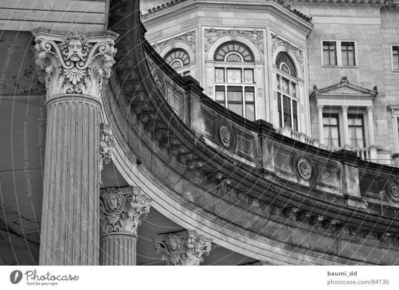 DD/02/2006 Dresden Historic Art Past Palace Architecture Landmark Monument Albrechtsberg Castle Tourist Attraction Black & white photo
