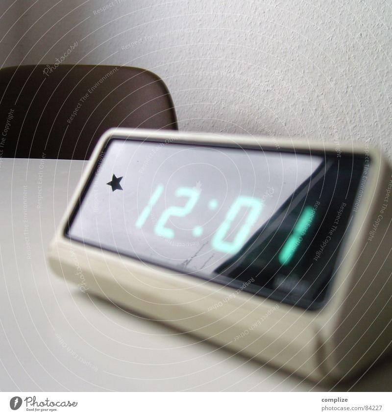 Time Design Star (Symbol) Retro Digits and numbers Clock Digital Seventies Display Digital photography LED Alarm clock Midday Digital clock