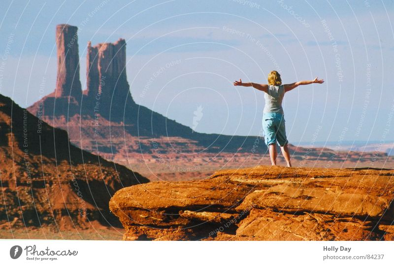 Woman Human being Red Summer Joy Far-off places Freedom Arm Rock USA Desert Cliff Set Outstretched Ledge Monument Valley