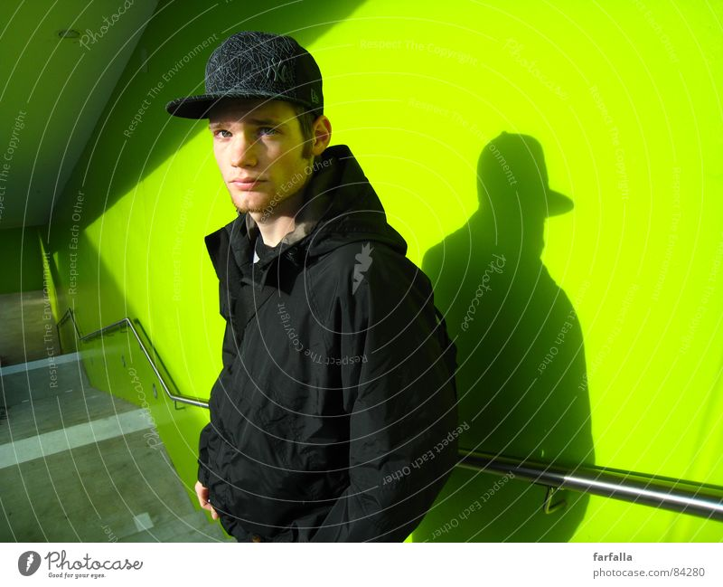 At the Trainstation Masculine Portrait photograph Green Gaudy Dazzle Bilious green Splendid Appearance Fleeting glance Station Human being Train station Stairs