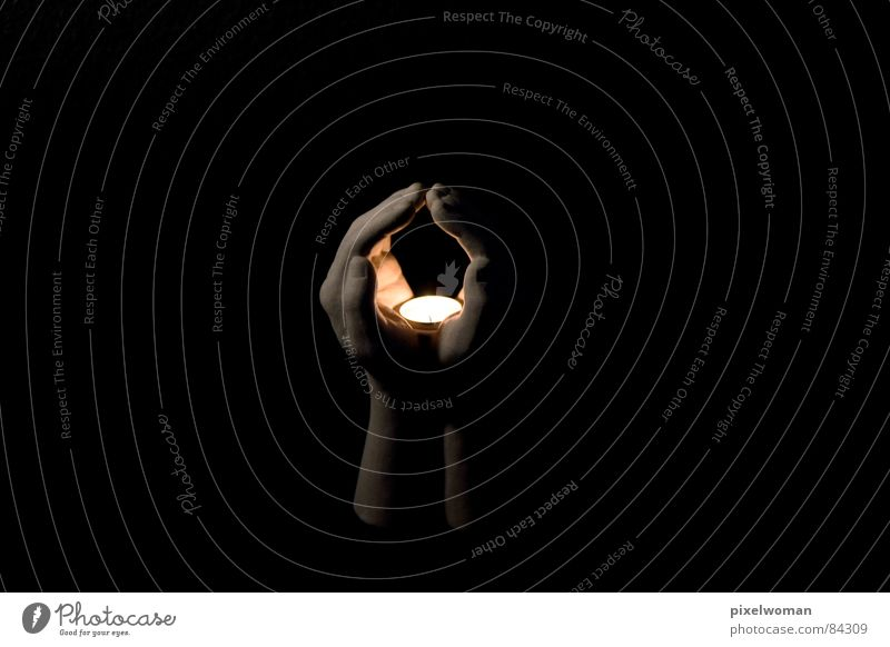 Hold the light Hand Light Decoration Black Candle Prayer Calm Religion and faith Manual Self-made Contemplative To be silent Peace devout at hand Beam of light