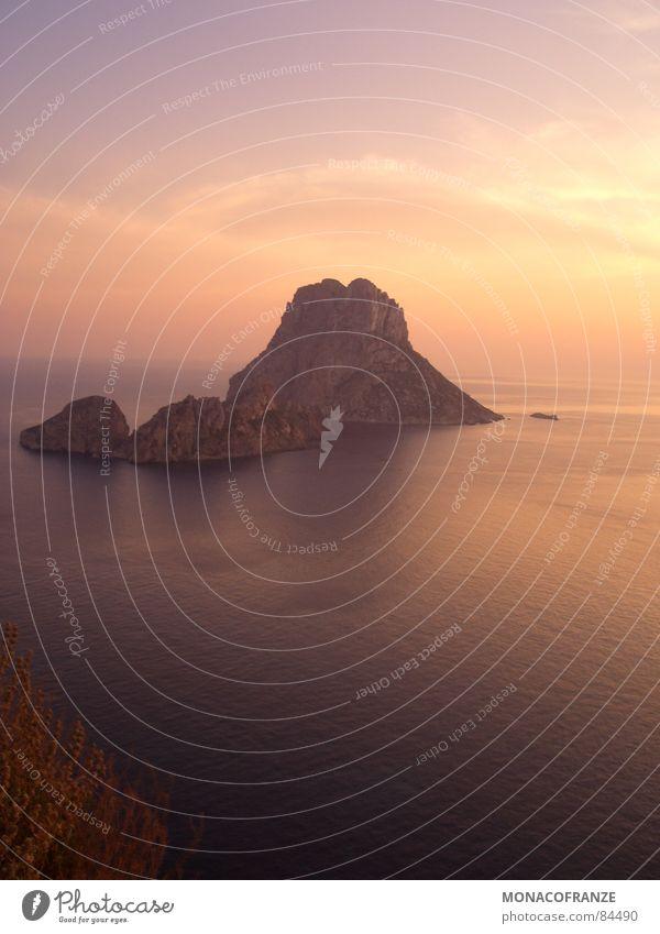 Sun Ocean Summer Joy Far-off places Mountain Walking Kitsch To enjoy Sunbathing Dusk Clown Mediterranean sea Sunrise Ibiza Bathing place