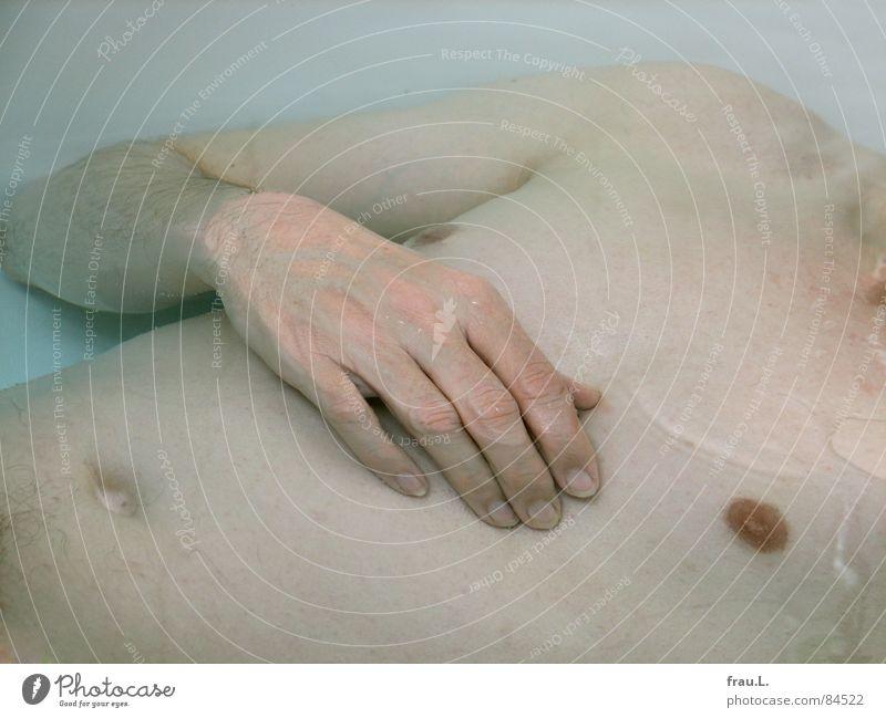 Man Hand Water Skin Arm Bathroom Lie Leisure and hobbies Chest Swimming & Bathing Stomach Bathtub Nipple Navel Bathtub water
