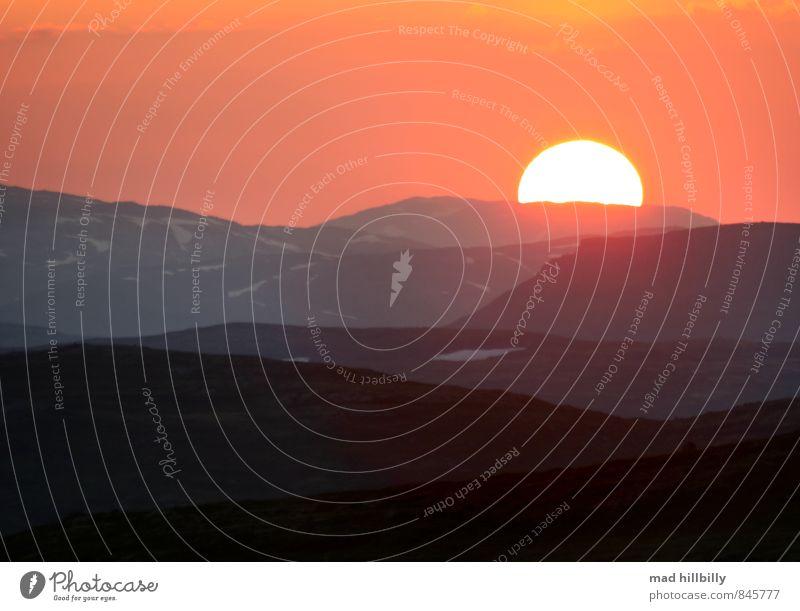 Sky Nature Vacation & Travel Sun Relaxation Calm Landscape Joy Dark Mountain Emotions Happy Moody Horizon Snowfall Idyll